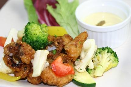 岩手県産の彩り野菜とタコのフリットミスト.JPG